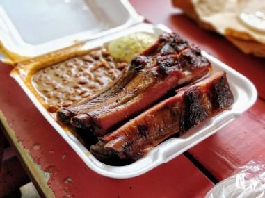 Look at those ribs!