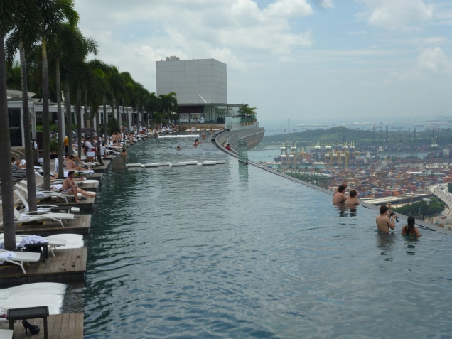Incredible infinity-edge pool on top of the Marina Bay Sands